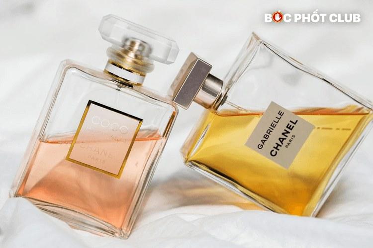 Review 1 số loại nước hoa nữ có mùi hương nhẹ nhàng, thơm lâu và giá khá mềm